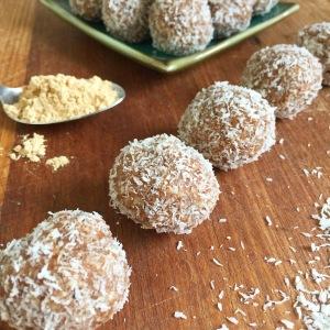 Macadamia, cinnamon and maca bliss-balls