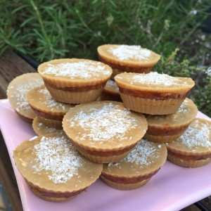 Coconut tahini cups with creamy date filling 4